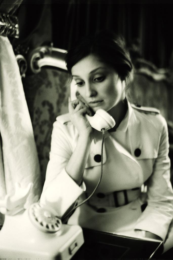Shooting Alexandra Maria Lara Portrait sitzend
